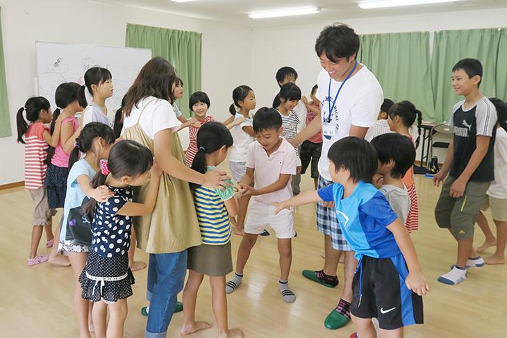 福工大生が新宮町在住小学生の夏休みの成長をサポートしました!