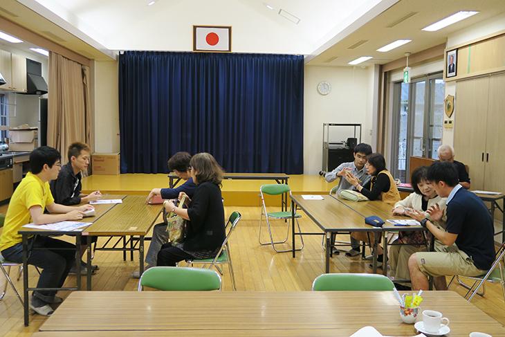 三苫校区住民安心メール登録会にて学生ボランティア4名が大活躍!