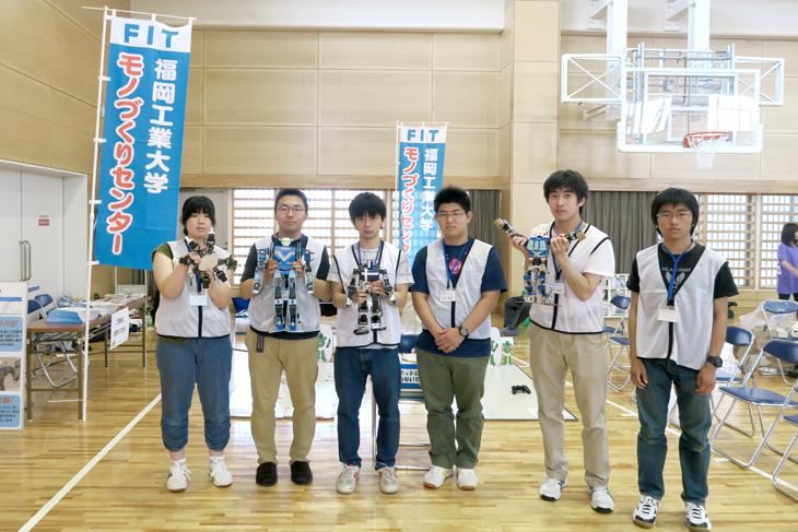 [モノづくりセンタープロジェクト]チームの学生有志がロボット操作体験で大活躍!
