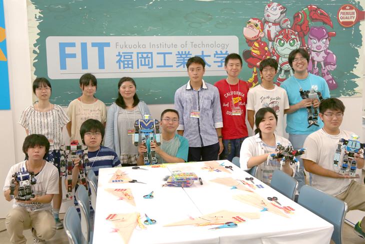青少年のための科学の祭典にモノづくりセンターのプロジェクトメンバーが参加 !!