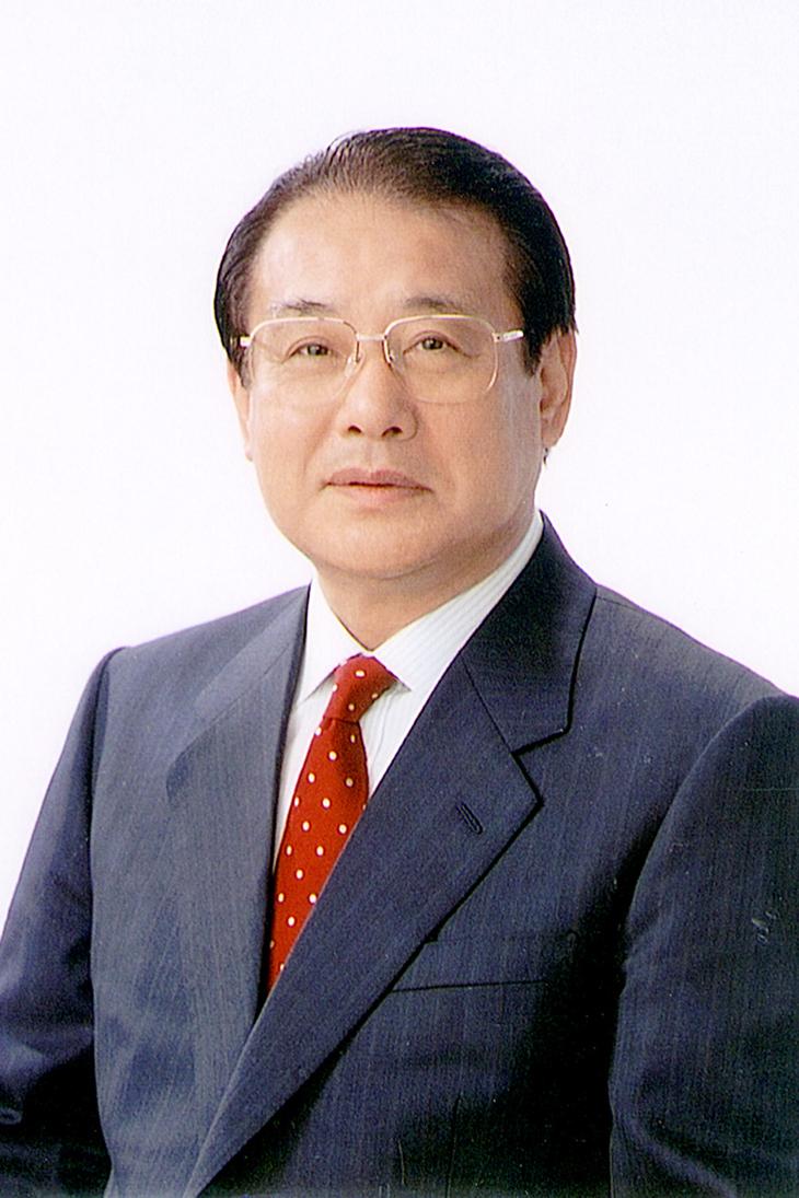 本学最高顧問 麻生 渡 氏が『旭日大綬章』を受章しました