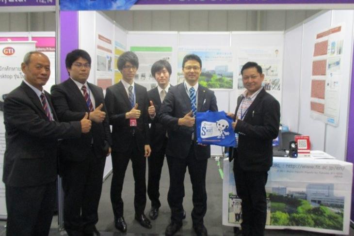[知能機械工学科]Engineering Expo 2017に加藤研究室が出展