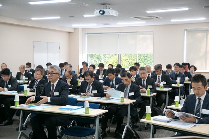 東京・大阪の企業50社が来学 平成29年度「企業交流会」開催