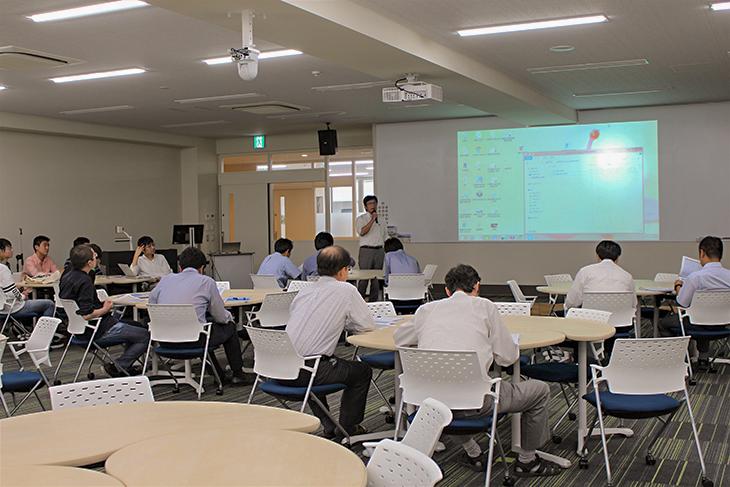 「グローバルPBL 参加報告会」兼「第1回工学部FD研修会」が開催されました