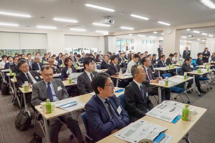 東京・大阪・福岡地区の上場企業・大手企業55社が来学 平成30年度「企業交流会」開催
