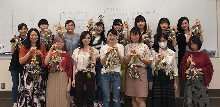 [FIT女子会]フラワーアレンジメント講座を実施しました。