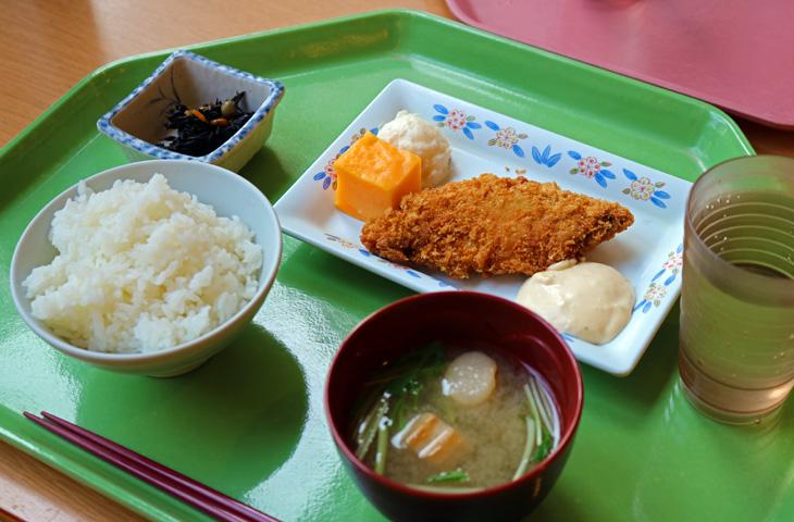 新入生歓迎!100円朝食始めました!