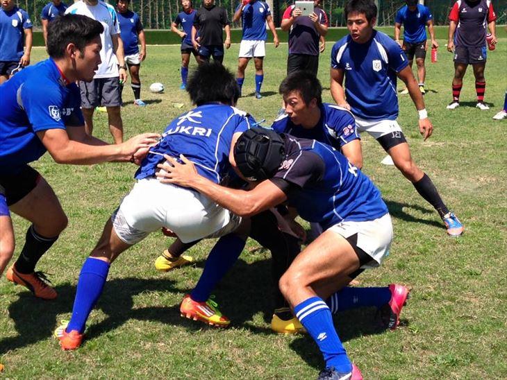 「コーチングセミナーin竹田」にてラグビー部宮浦監督の熱心な指導が行われました
