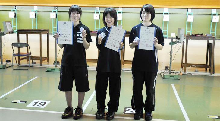 全国エアピストル射撃競技大会で電子情報1年平さんが3位入賞!
