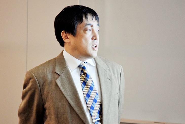 【情報工学科】世界最大のオーロラビジョン開発に携わったOBの特別講演が行われました