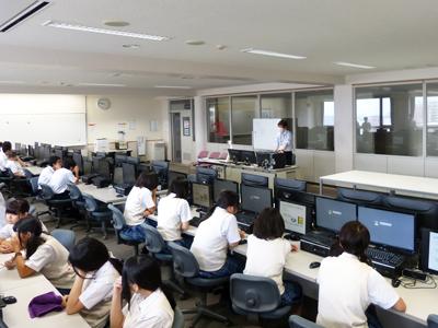 博多高校土曜講座-「お絵かきソフトを作ろう」が実施されました