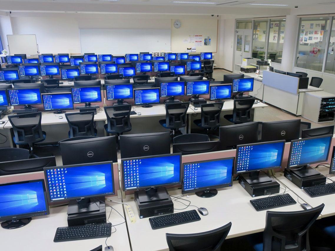 [短期大学部]総合メディアセンターに最新の情報教育システムを導入しました